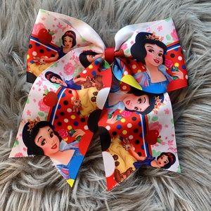 Snow White cheer bow